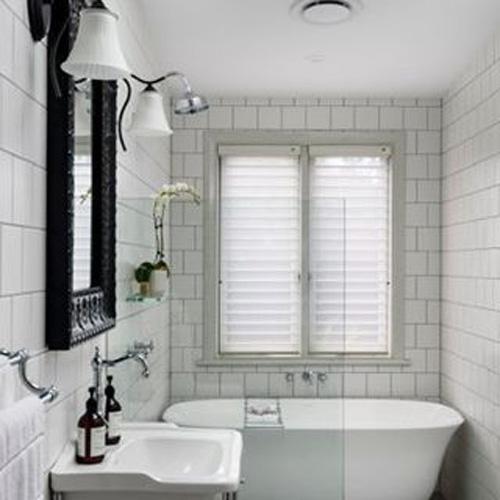 baths at gubbins pulbrook mitre 10