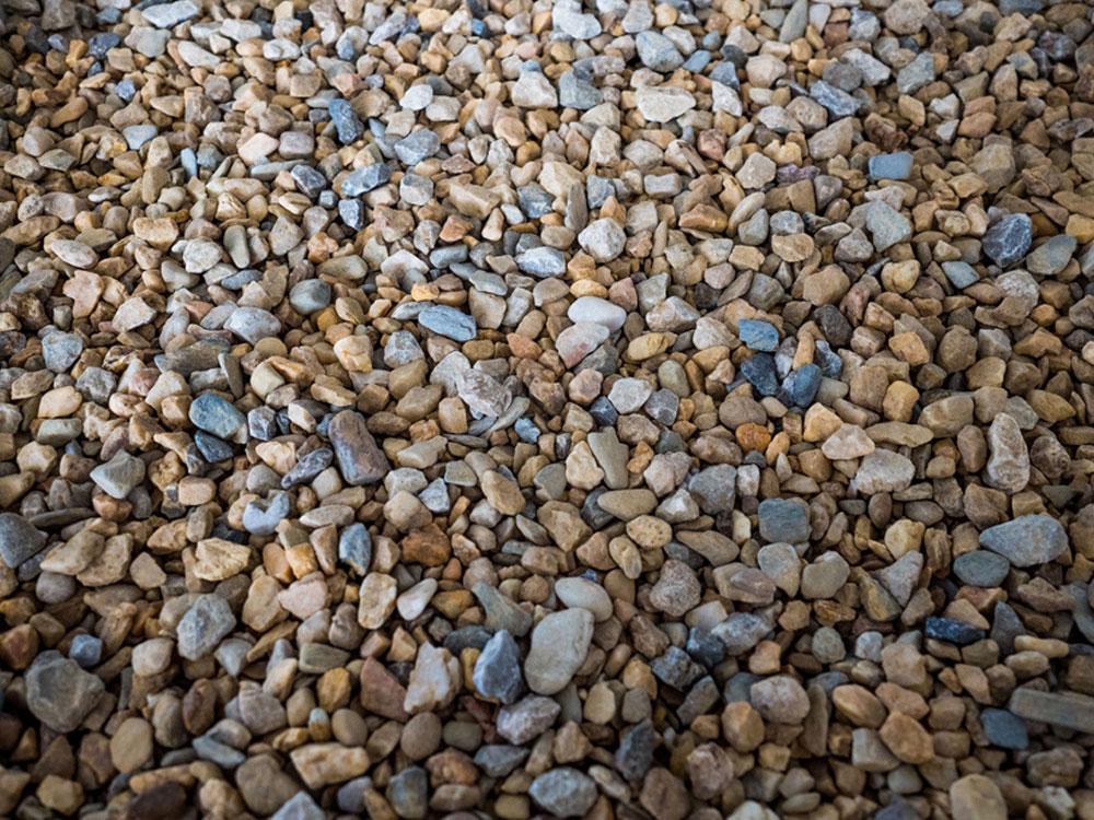 pebbles at gubbins pulbrook